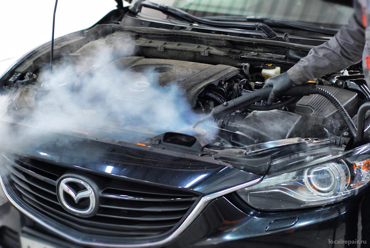 Мойка двигателя автомобиля паром: цены, плюсы и минусы